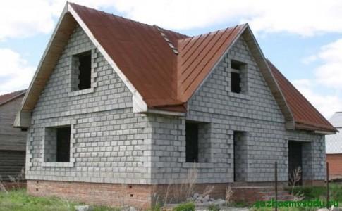 Дешевый дом своими руками из пеноблоков