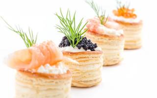 Чем начинить тарталетки: подборка простых рецептов для закусок
