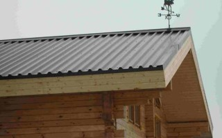 Покрываем крышу профлистами