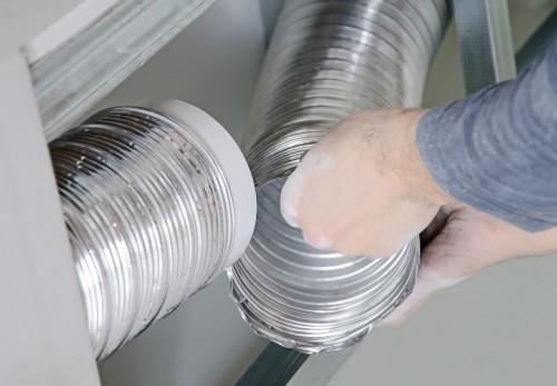 монтирование вентиляционных каналов